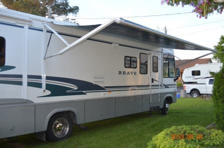 2004 Winnebago Brave 36Ft