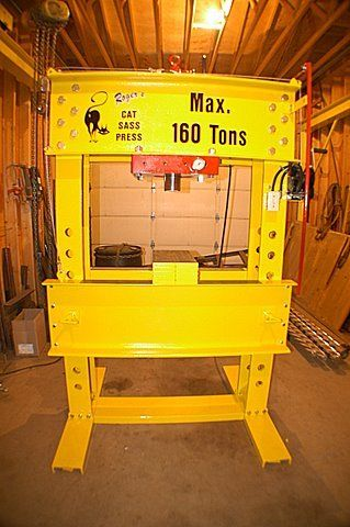 2016 160 Ton Hydraulic Press
