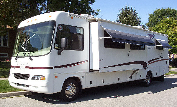 2005 Forest River Georgetown 325S
