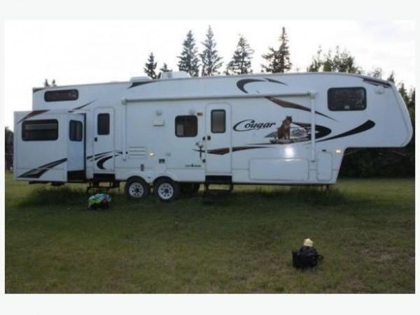 2010 Keystone Cougar 324RLB