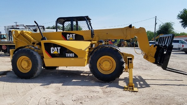 2002 Caterpillar TH103