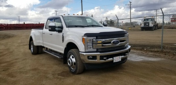 2017 Ford F-350 Lariat Dually