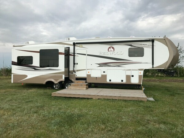 2011 Thor Redwood 36RE