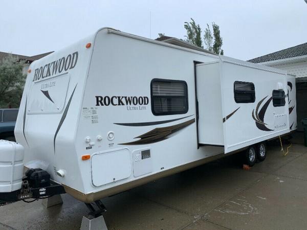 2013 Rockwood Ultra Lite 2902SS