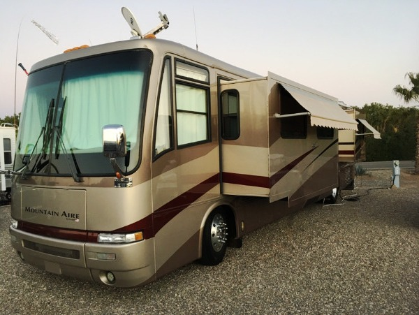 2002 Newmar Mountain Aire 40ft