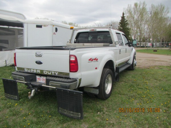 2008 Ford F-450 Lariat Dually