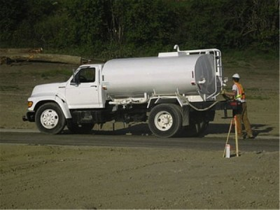 1999 Ford 1800 Gallon Water Truck