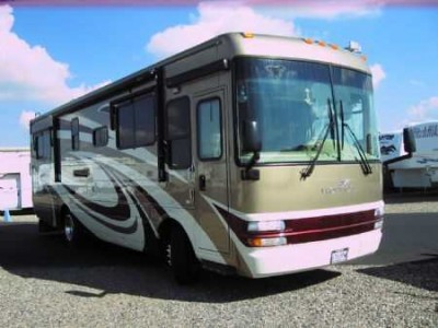 2006 National RV Tropical