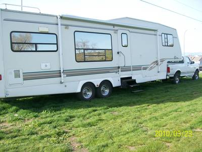 1997 Alpenlite 5TH Wheel & Ford F-250