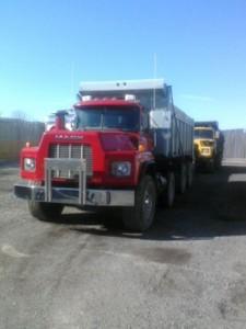 1990 MAC Tri Axel Dump Truck