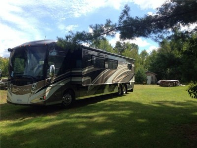 2012 Winnebago Tour 42QD Premium