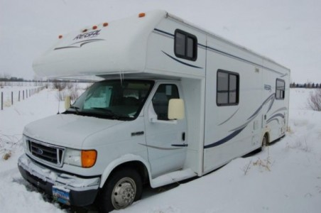 2007 Triple E Regal 30Ft