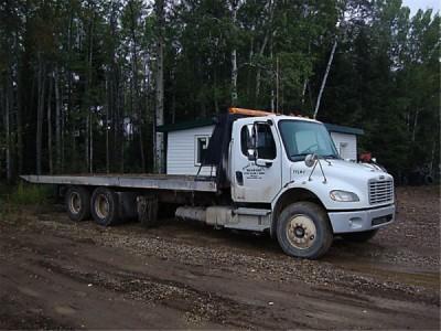 2003 Freightliner M2