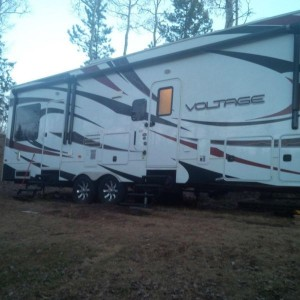 2013 Dutchman Voltage V3200 Toy Hauler