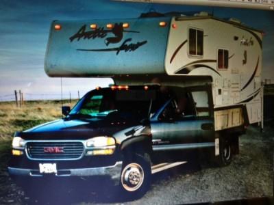 2008 Artic Fox Silver Fox Edition 1140 + Truck