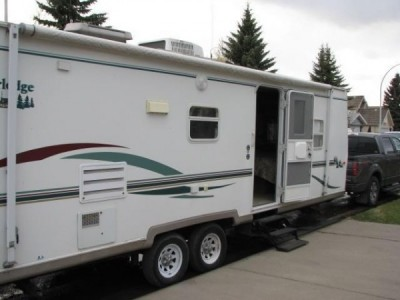 2003 Adventure Timberlodge 28Ft
