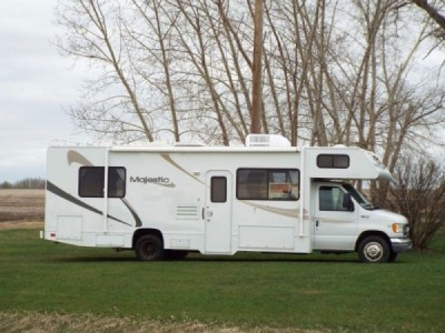 2002 Four Winds Majestic 28R