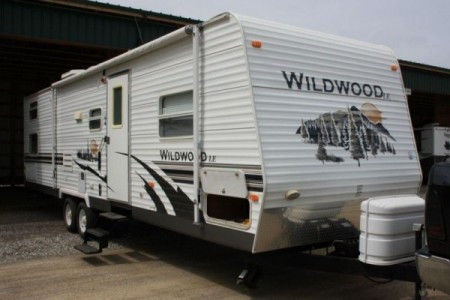 2008 Forest River Wildwood 31LE