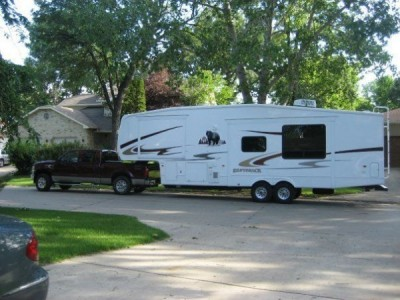 2008 Cedar Creek Silverback 33LBHTS