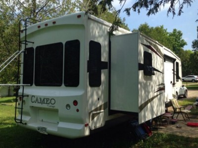2011 Carriage Cameo 34Ft