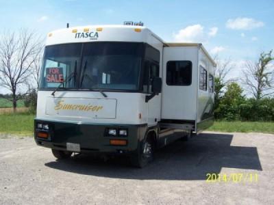 1999 Winnebago Itcasa Suncruiser 32Ft