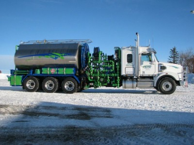 2013 Freightliner Coronado 10K Pressure Truck