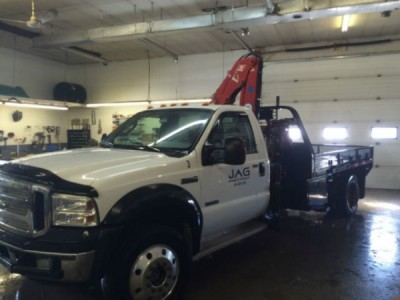 2005 Ford F-550 Picker Truck