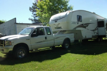 2007 Palimino Saber + 2006 Ford F-250 Truck Combo