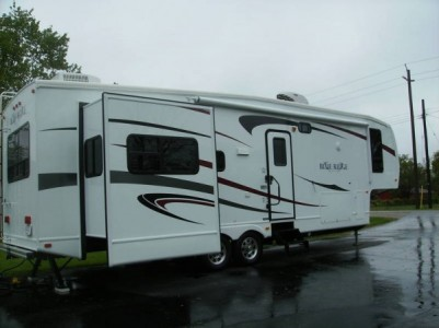 2010 Forest River Blue Ridge 3125RT