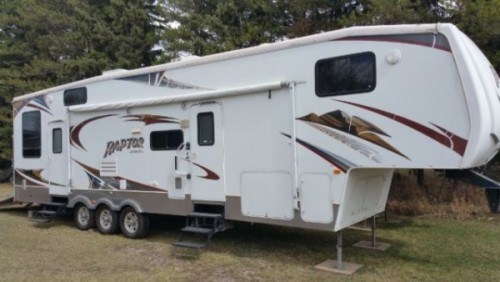 2008 Keystone Raptor Toy Hauler 36FT