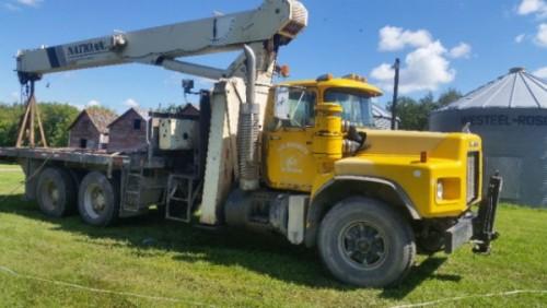 2001 Mack 21 Ton Boom Crane