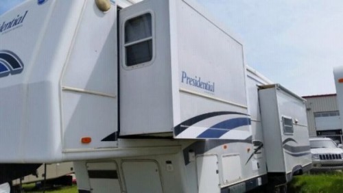2001 Holiday Rambler Presidential RKB45