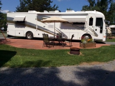 2001 American Coach American Eagle 40Ft