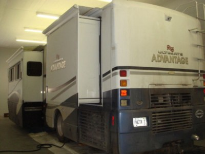 2002 Winnebago Ultimate Advantage 36C