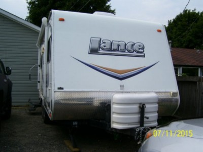 2011 Lance Travel Trailer 1685