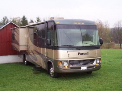2006 Georgie Boy Pursuit 36Ft with Tow Vehicle
