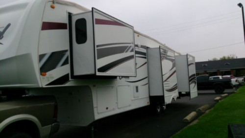 2011 Forest River Cardinal 3450