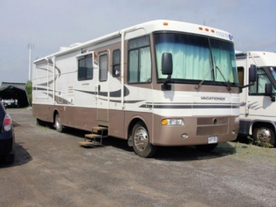 2003 Holiday Rambler Vacationer 36PBD