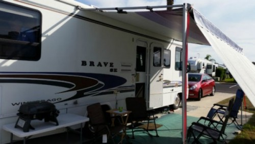 2001 Winnebago Brave Special Edition 30Ft