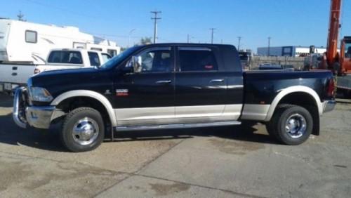 2010 Dodge Ram 3500 Laramie Dually 4x4
