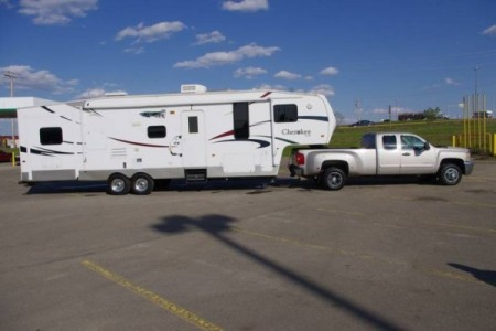 2007 Forest River Cherokee 295B 37-Foot