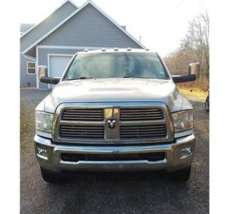 2012 Dodge RAM 3500 Laramie Dually