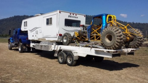 2010 Okanagan Custom Toy Hauler 45Ft