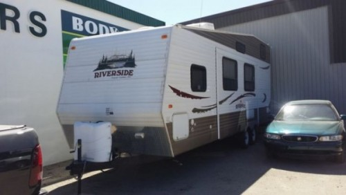 2011 Riverside Travel Trailer 30LoFt
