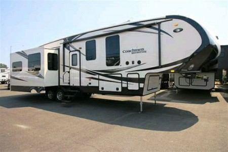 2014 Coachmen Brookstone 334RE