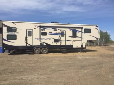 2013 Pacific Coachworks Powerlite 325FSX Toy Hauler