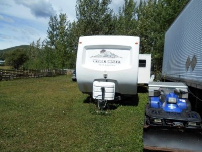 2004 Forest River Cedar Creek Silverback 32Ft