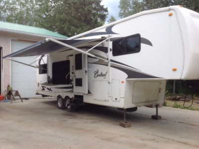 2008 Forest River Cardinal 30Ft