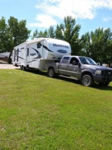 2010 Keystone Montana Mountaineer + F-350 Combo