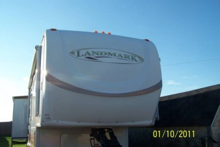 2006 Heartland Landmark 40-Foot